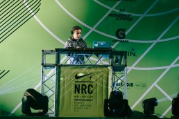 Nike Women Victory Tour - Stand Dj